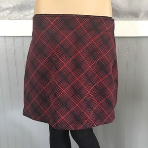 Athleta thermal fleece lined red black plaid skirt